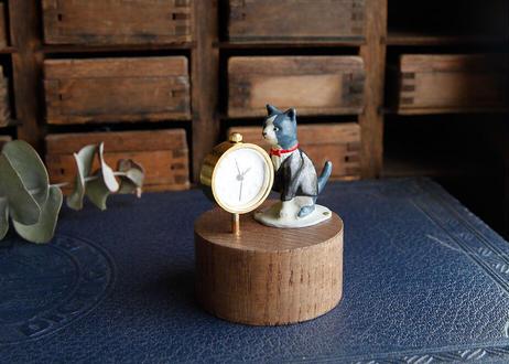 ネコの置時計/横向き