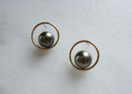 south sea pearl circle stud pierce