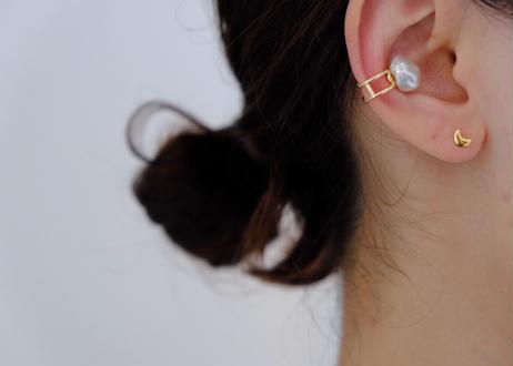 baroque earcuff