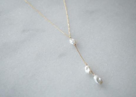 grain 3粒 long necklace