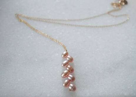 egg randam pink necklace