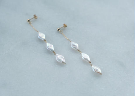 dismond  3粒 long pierce