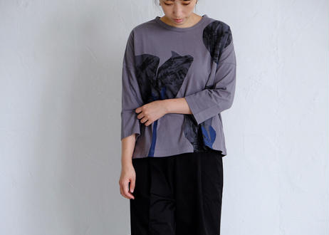 【grin】flower プリントbox Tシャツ #アイスグレー/ダークグレー