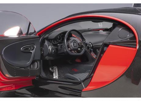 AUTOart 1/18 ブガッティ シロン スポーツ 2019 (レッド/カーボン・ブラック) 70996