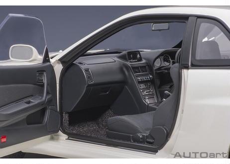 AUTOart 1/18 日産 スカイライン GT-R (R34) Vスペック II (ホワイトパール) 77406