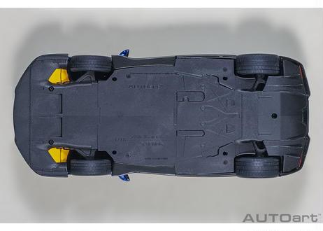 AUTOart 1/18 マクラーレン セナ (メタリック・ブルー) 76079