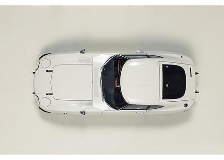 AUTOart 1/18 トヨタ 2000GT ワイヤースポークホイール バージョン (ホワイト) 78754