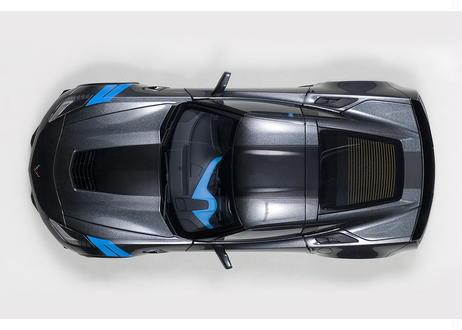AUTOart 1/18 シボレー コルベット (C7) グランスポーツ (グレー・メタリック/ブラック・ストライプ) ※ブルー・ハッシュマーク 71272