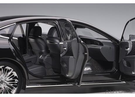 AUTOart 1/18 レクサス LS500h (ブラック ※インテリア・カラー/ブラック) 78868