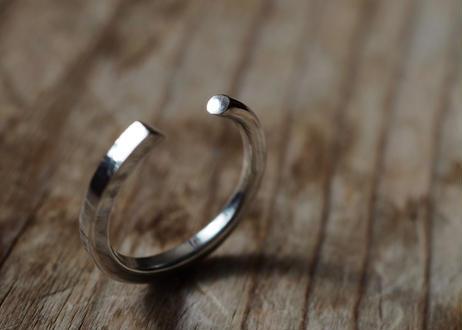 aとbの間の指輪 (silver950)