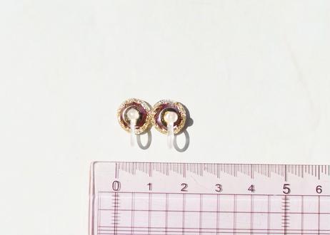 色デザイナーの純金箔きまぐれ耳飾り ~ ゴールド ~ The Colorist's Improvised Pure Gold Leaf Earrings -Gold