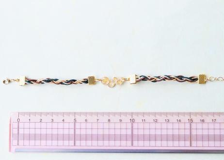 金沢水引と純金箔のジェンダーレスブレスレット ~ ミリタリー ~ Mizuhiki and Pure Gold Leaf Genderless Bracelet - Military