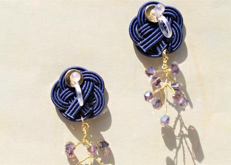 金沢水引とダイヤカットビーズの小枝耳飾り ~ ネイビー ~ Mizuhiki and Diamond-Cut Beaded Twig Earrings ~ Navy ~