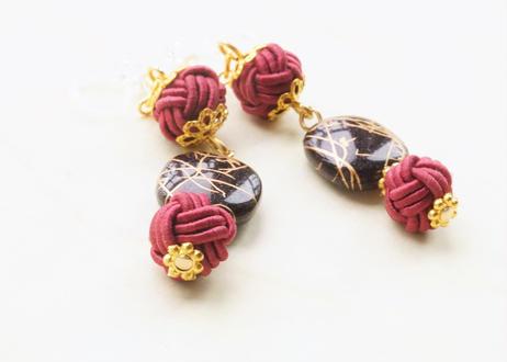 金沢水引と手描き風ビーズの和な耳飾り ~ 黒 ~ Mizuhiki Earrings with Beads - Black