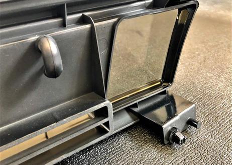 Flo's  AE86 カローラレビン後期型APEX  フロントグリル(フォグ穴付)  LEVINステッカー付き