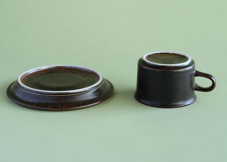 "【Vintage】ARABIA ""Ruska"" Demitasse Cup & Saucer"