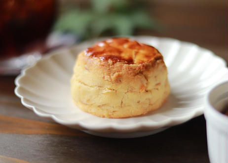 【たもんの米粉スコーン4個セット(紅茶2個、ナッツ2個)】素材にこだわり、ほろほろと崩れる軽い食感が特徴の体に優しいグルテンフリーのスコーンです。