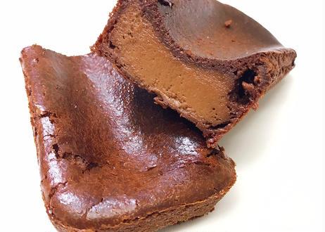 ヴァローナチョコレートのしっとりチョコチーズケーキ