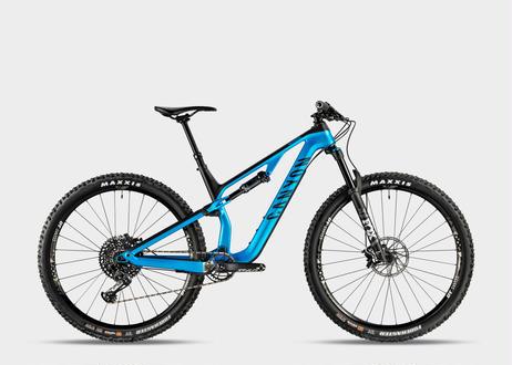 #207 ニューロン CF 8.0 2019 Sサイズ(165-174cm) Flash Blue