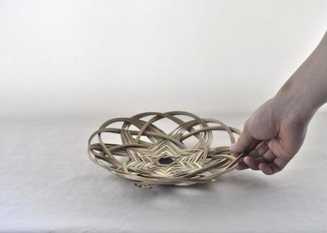 くもの巣編み盛り籠