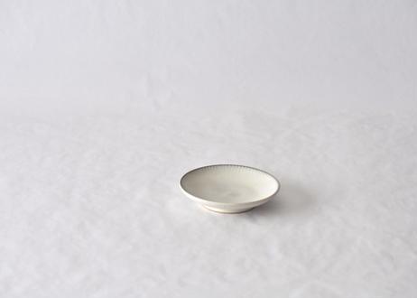 白飛鉋平皿4寸