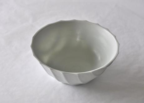 雪白磁しのぎ鉢(縁開き)