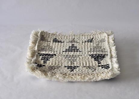結び織りノッティング(三角構成)