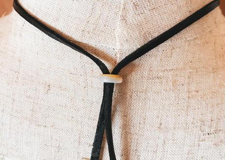鹿角から彫り出した鹿角のペンダント 2本1セット