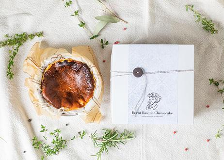 バスクチーズケーキ(Basque Cheesecake)