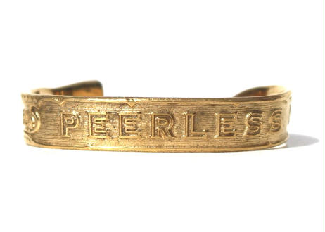 """Cigar label"" Gold bangle / PEERLESS"