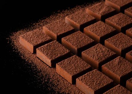 ナチュラル(生チョコレート)砂糖不使用、動物性素材不使用、無添加