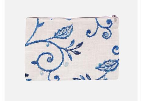 フラットポーチ刺繍