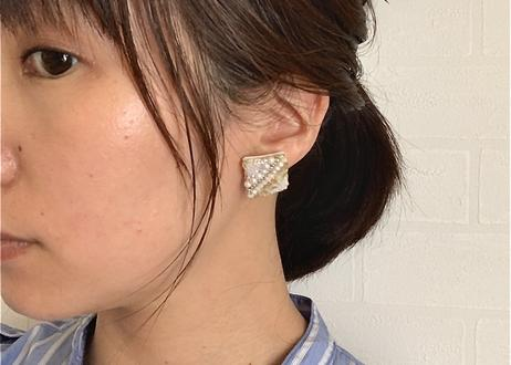 ビーズ刺繍2wayタッセルのイヤリング(ライトパープル)
