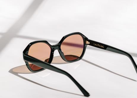 001 Gloss Noir