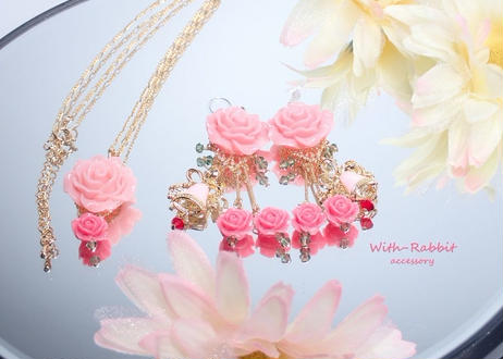 【数量限定】ベルばらイヤリングとネックレスのセット(ピンク)♥セットで、この価格! With-Rabbit◆ウィズラビット*アクセサリー