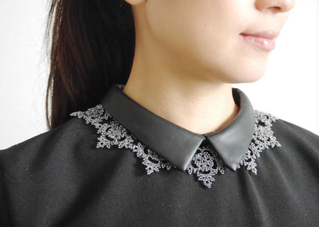 lace necklace / midgray