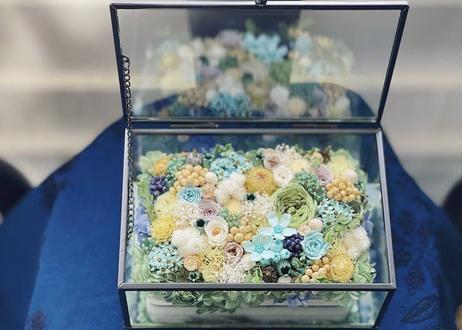 オーダーメイドのガラス&アイアン蓋付きボックス
