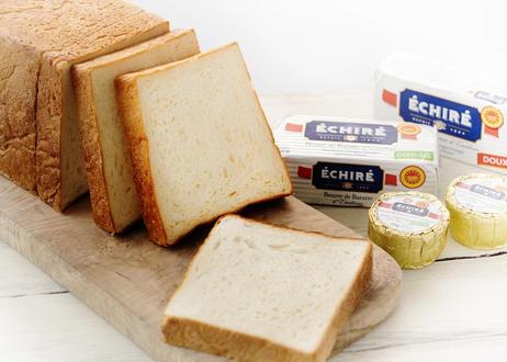 究極の最高級食パン『 ふじ森』|  1斤半/約19cm :当店いちばん人気の最高峰食パン。フランス産発酵バターを贅沢に練りこみしっとりモチモチ食感が病みつきに。