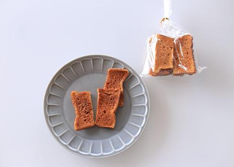 【本店限定商品がついに登場‼︎】食パン『ふじ森』でつくった極上「プレミアムラスク」:芳醇なバターと歯ざわり良好な贅沢ラスク