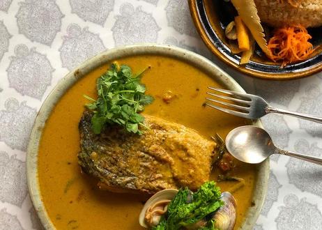 002 Salmon curry सामन करी 時鮭と地蛤のカリー