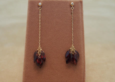 Garnet Line Earrings