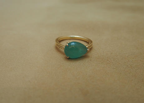 Cabochon cut Emerald Ring(p/s)