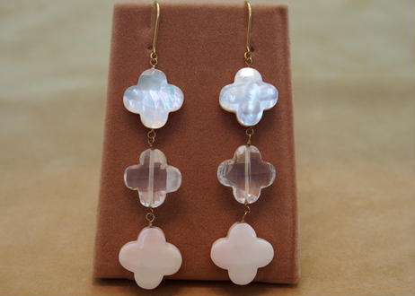 Shell&Quartz 3Flowers Earrings
