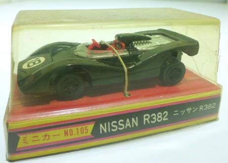 サクラ ニッサン R382