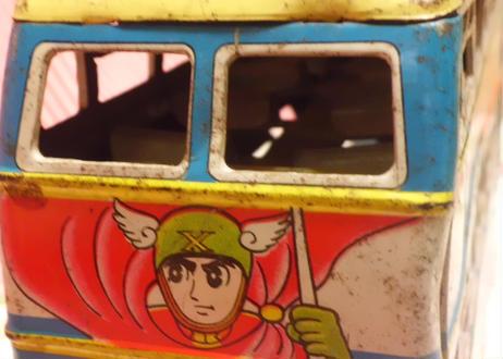 浅草トーイ ビッグX 2階バス