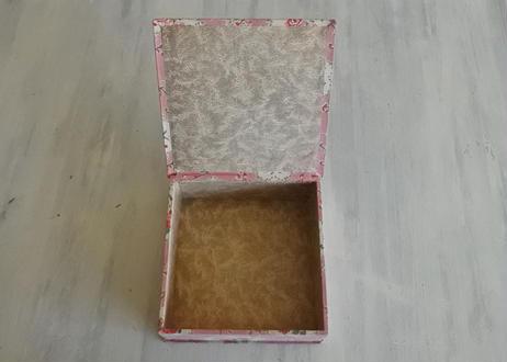 カルトナージュボックス BOX ピンク色 お花柄 17.8x17.9cm〖202104-07〗
