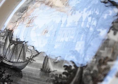 David JOHNSTON ボルドー窯 白いレリーフ グリザイユ 舟 〖202008-20〗