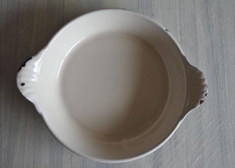 ルクルーゼ 鋳物 調理用 オーブン皿 円形 茶色 口径16cm