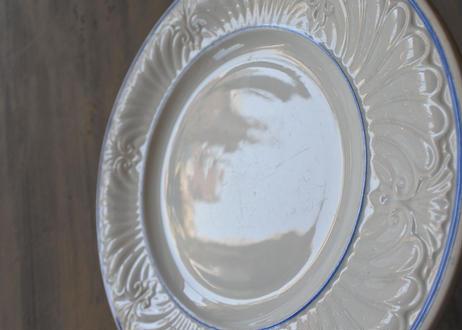 クレイユエモントロー 白レリーフ皿 ブルーライン #1〖202108-024〗