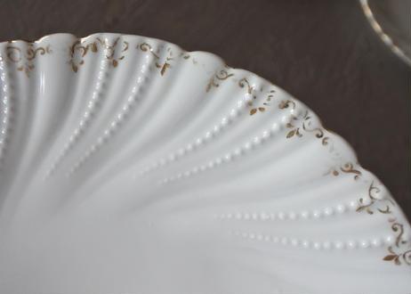 白いポーセリン リムレリーフ 金彩 小皿 17.4cm 3枚セット〖202109-14〗